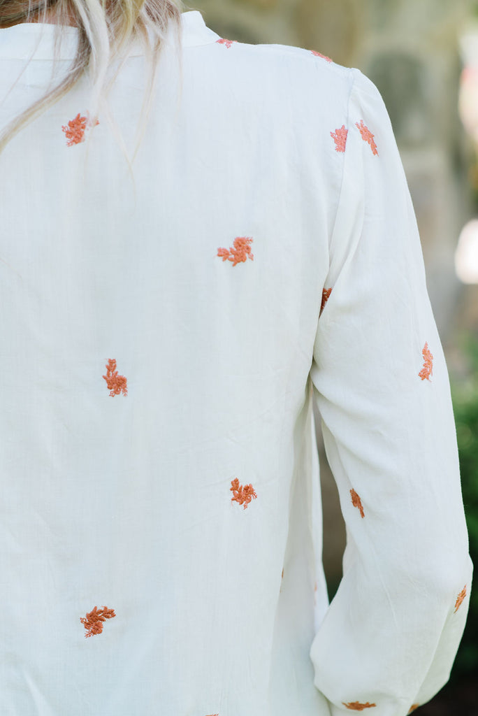 JADE EMBROIDERED TOP IN IVORY