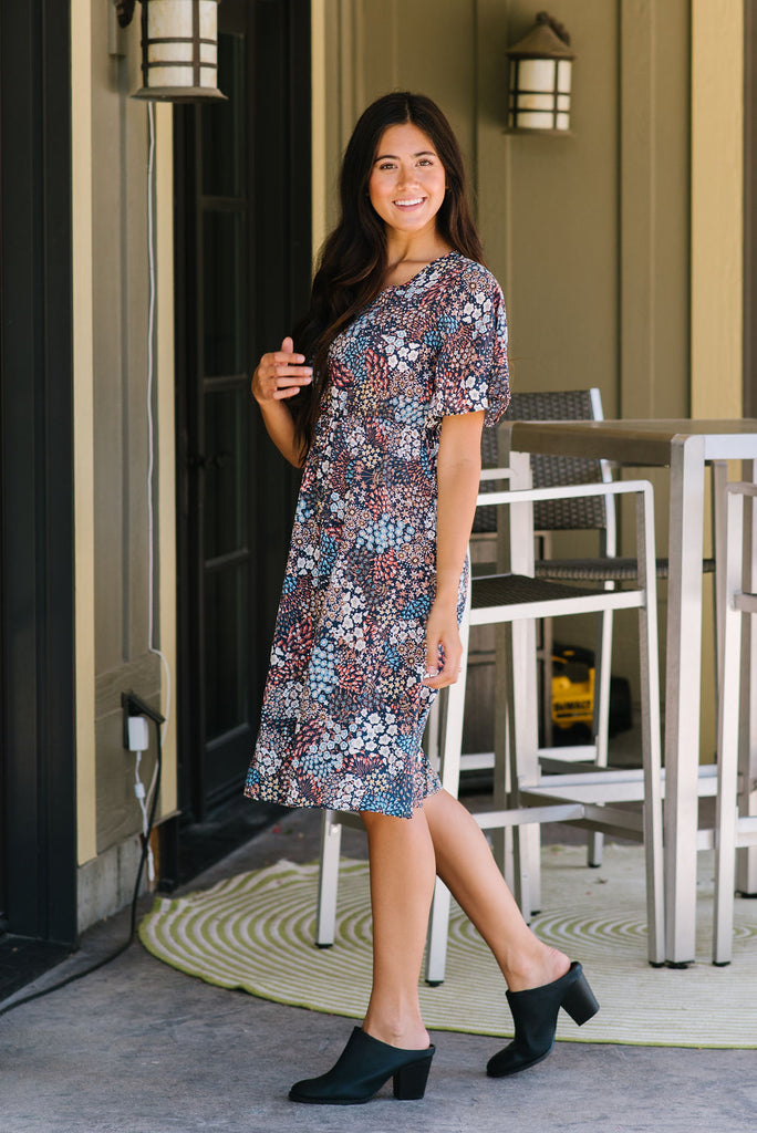 MARCI MIDI DRESS IN NAVY WITH FLORAL DESIGN