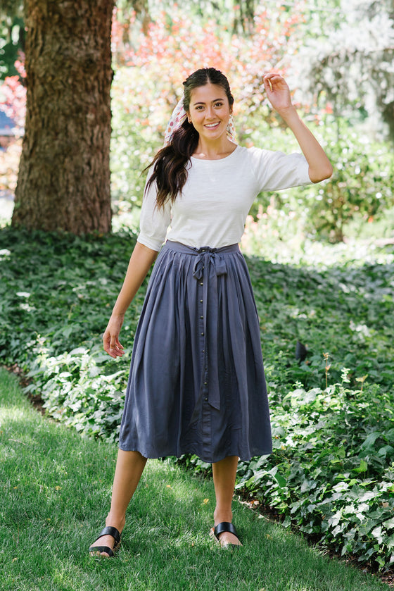 JILLIAN MIDI SKIRT IN CHARCOAL