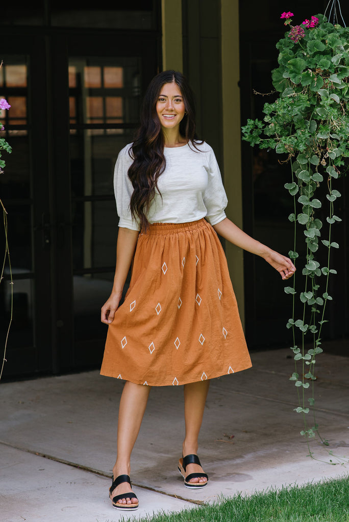 DILLON DIAMOND PATTERN MIDI SKIRT IN CARMEL