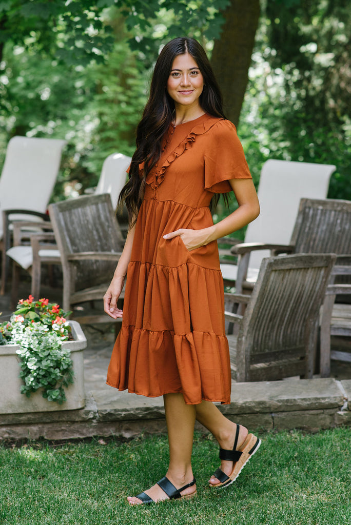 SAWYER TIERED MIDI DRESS IN SPICE