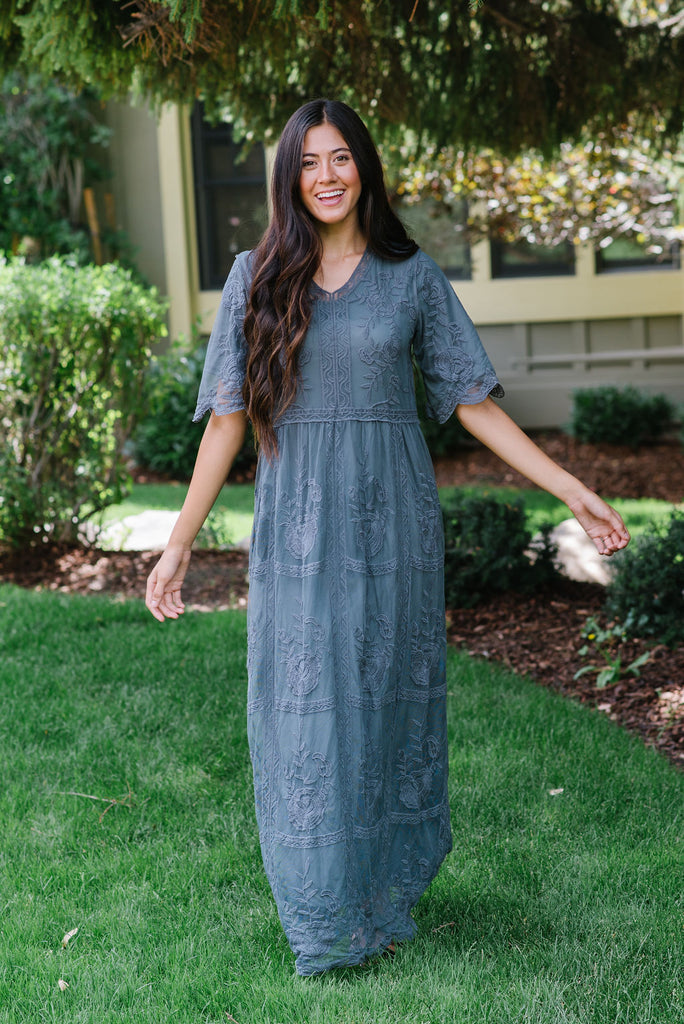 KARA MAXI  LACE DRESS IN CHARCOAL