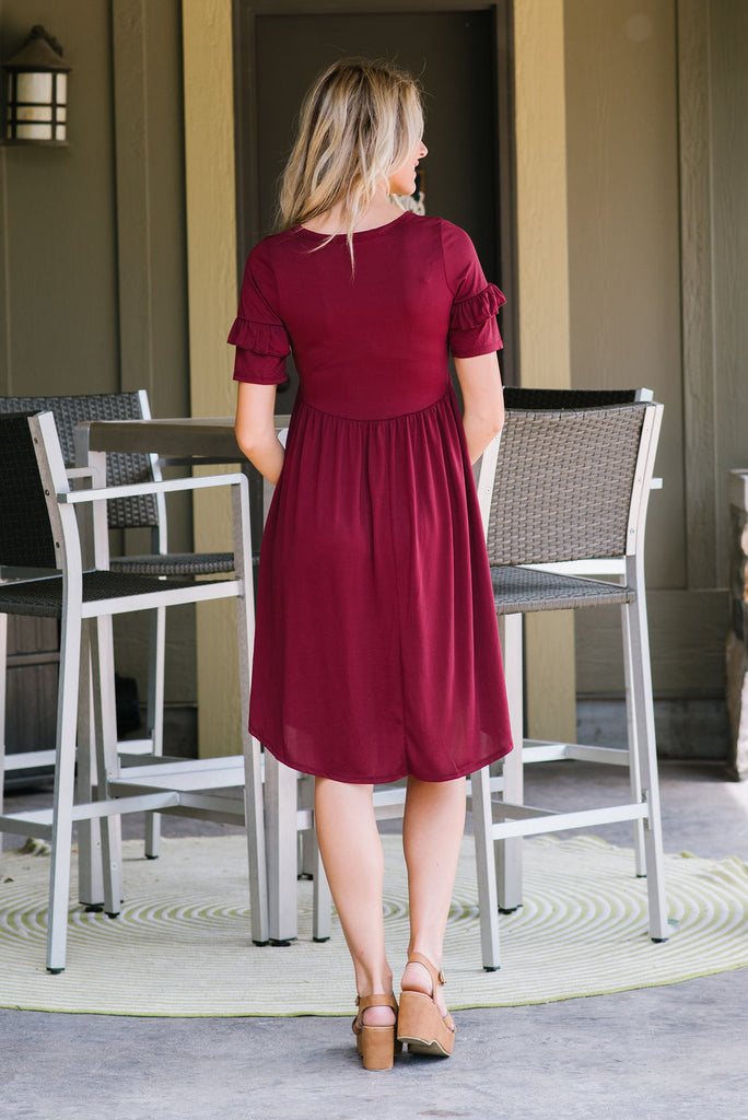 CALLIE MIDI DRESS WITH RUFFLE SLEEVES IN BURGUNDY