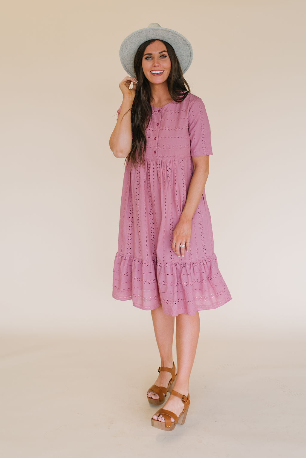 ALICE EYELET MIDI DRESS IN MAUVE