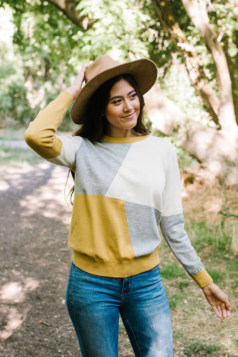 FRAN GEOMETRIC BLOCK SWEATER IN MUSTARD