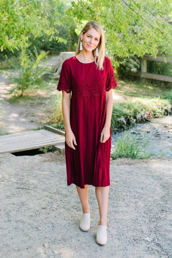 COLLETTE MIDI DRESS WITH PLEATED SKIRT IN BURGUNDY