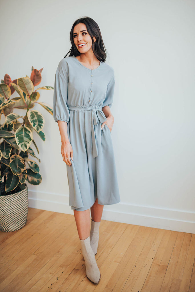 MISSY DRESS IN GREY