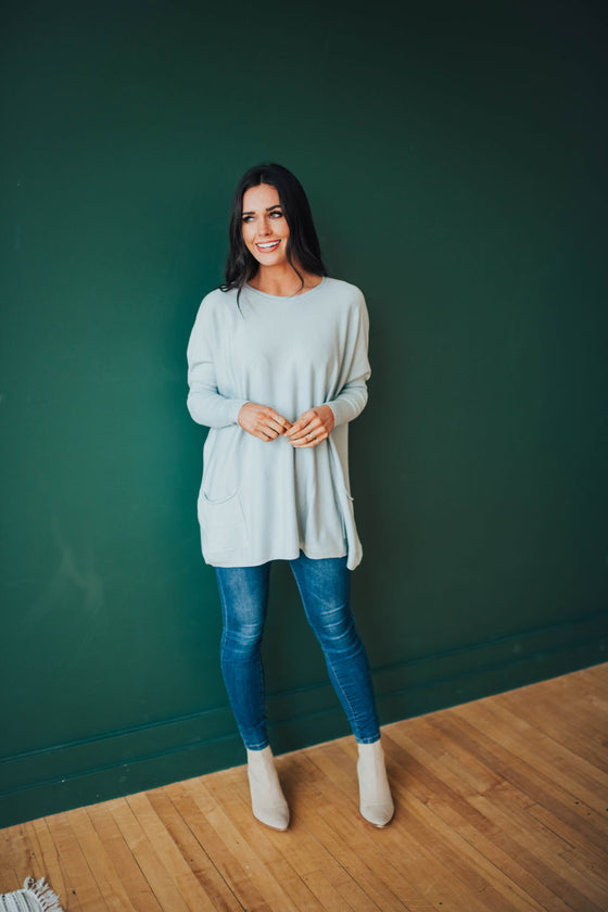 SAMANTHA SWEATER IN ASH BLUE
