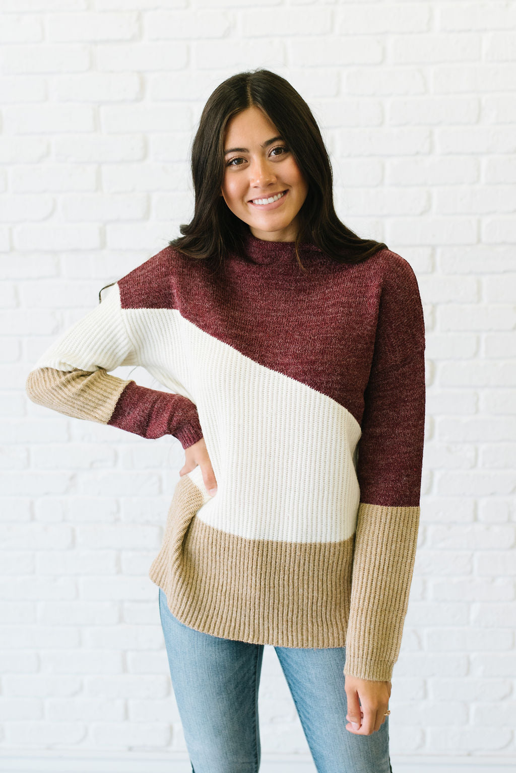 ALLIE MOCK T-NECK COLOR-BLOCK SWEATER IN BURGUNDY