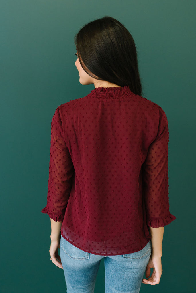 NATALIE SWISS DOT TOP IN BURGUNDY