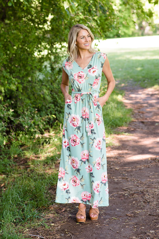 BONNIE MAXI IN MINT GREEN  WITH ROSES