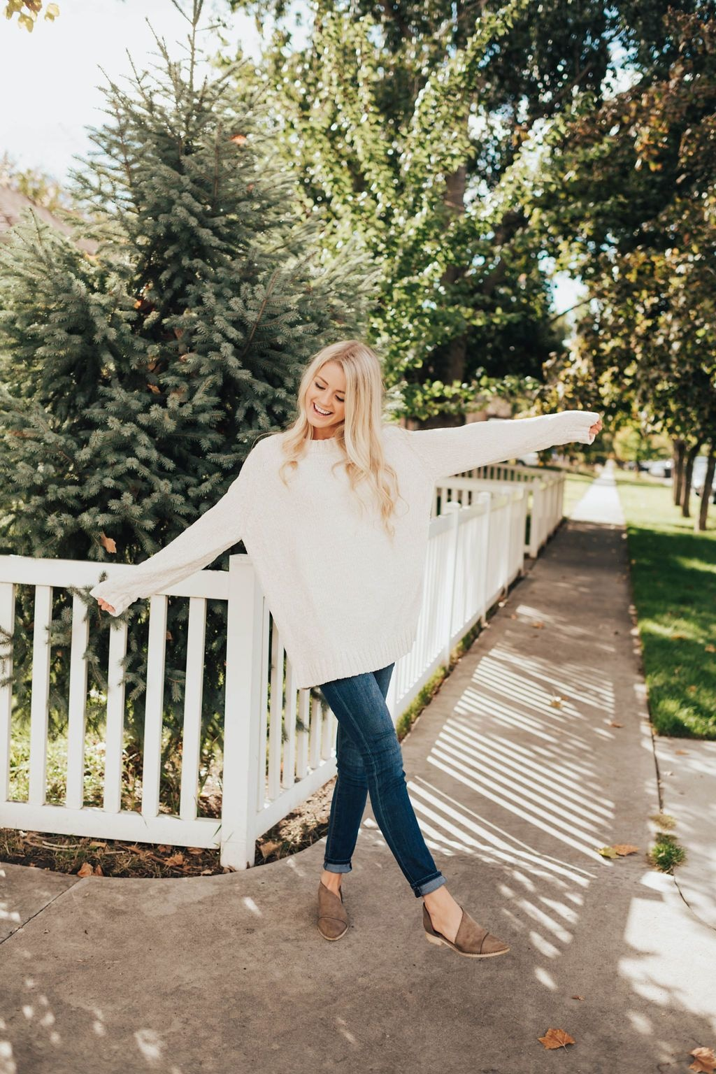 Whitney Sweater In Cream - Sweater
