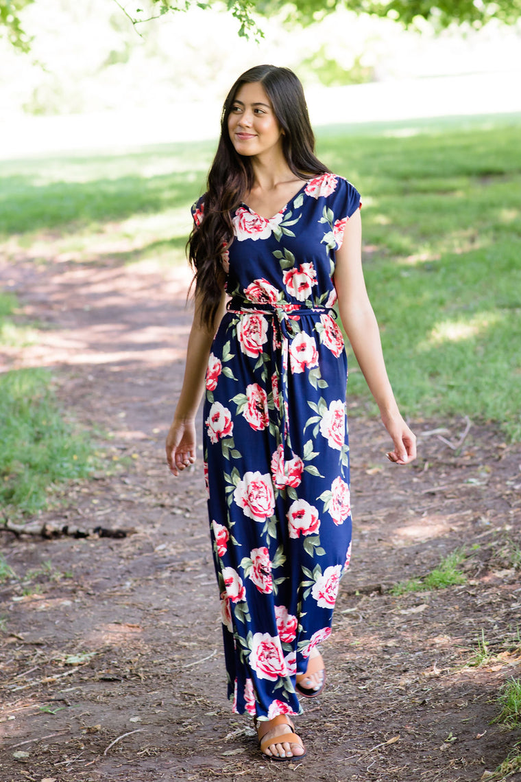 622ae6364 BONNIE MAXI IN NAVY BLUE WITH ROSES