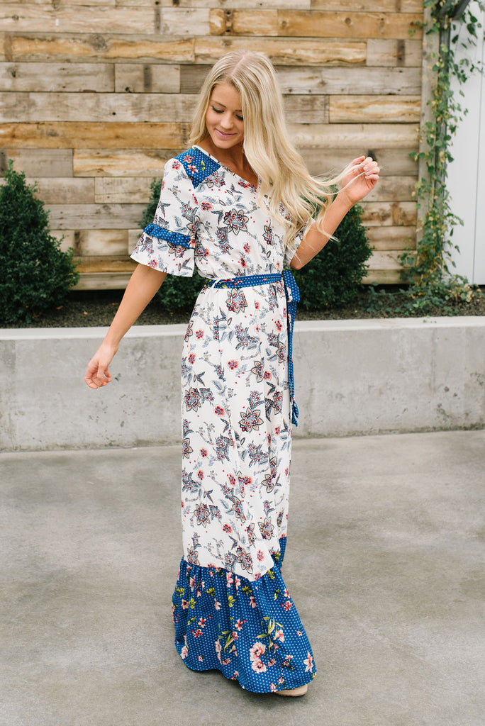 JOY MAXI DRESS IN IVORY FLORAL WITH BLUE ACCENTS