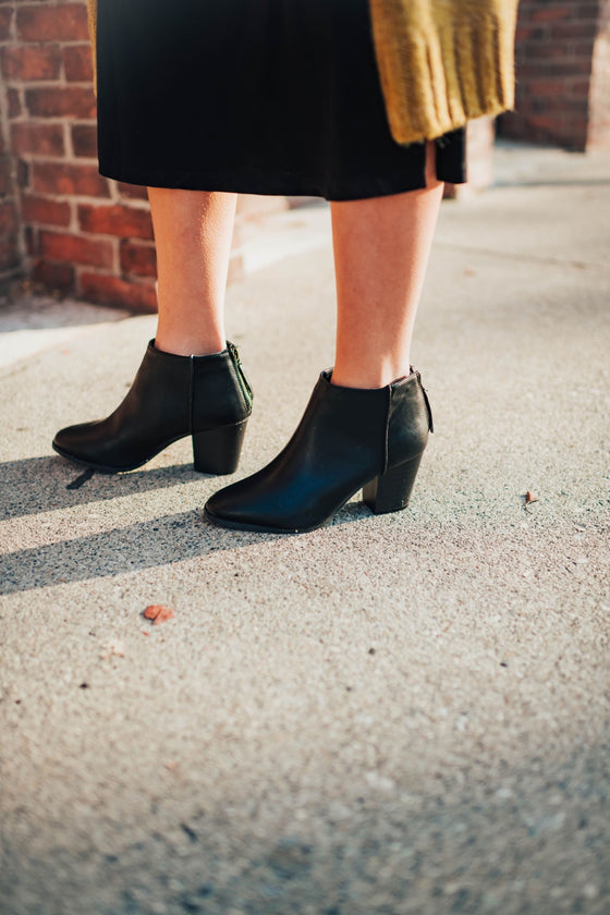 Reda Bootie In Black - Shoes