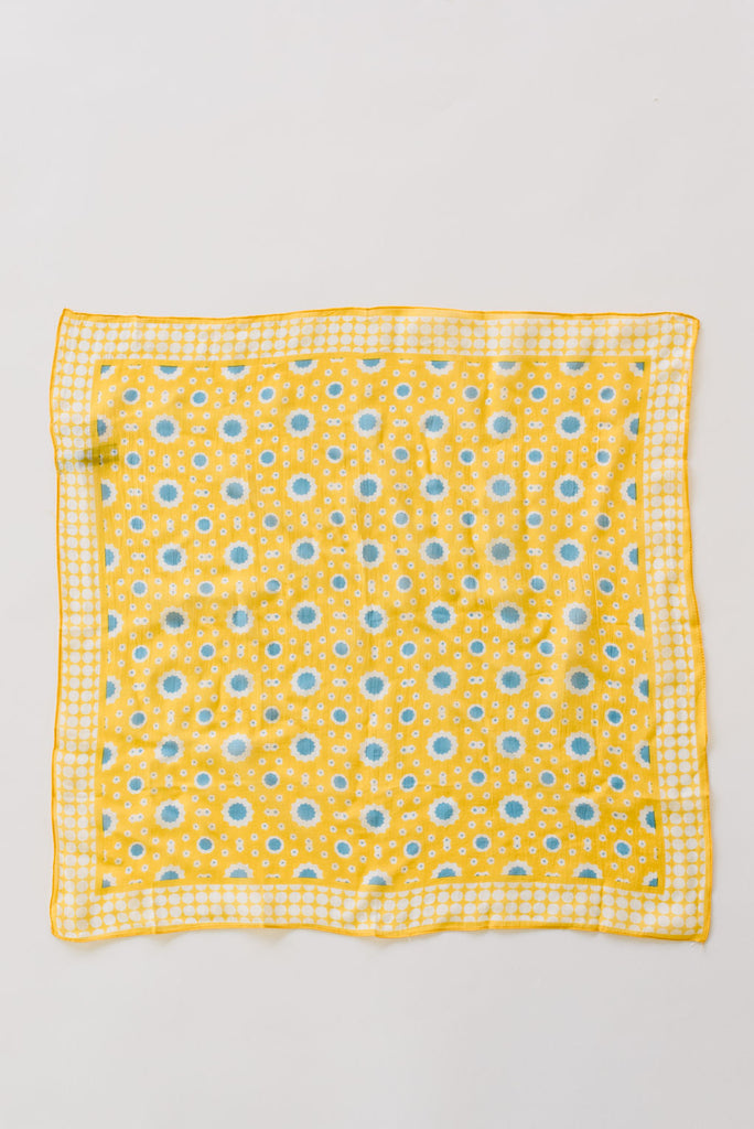 SUNFLOWER BANDANNA ACCENTED WITH BLUE