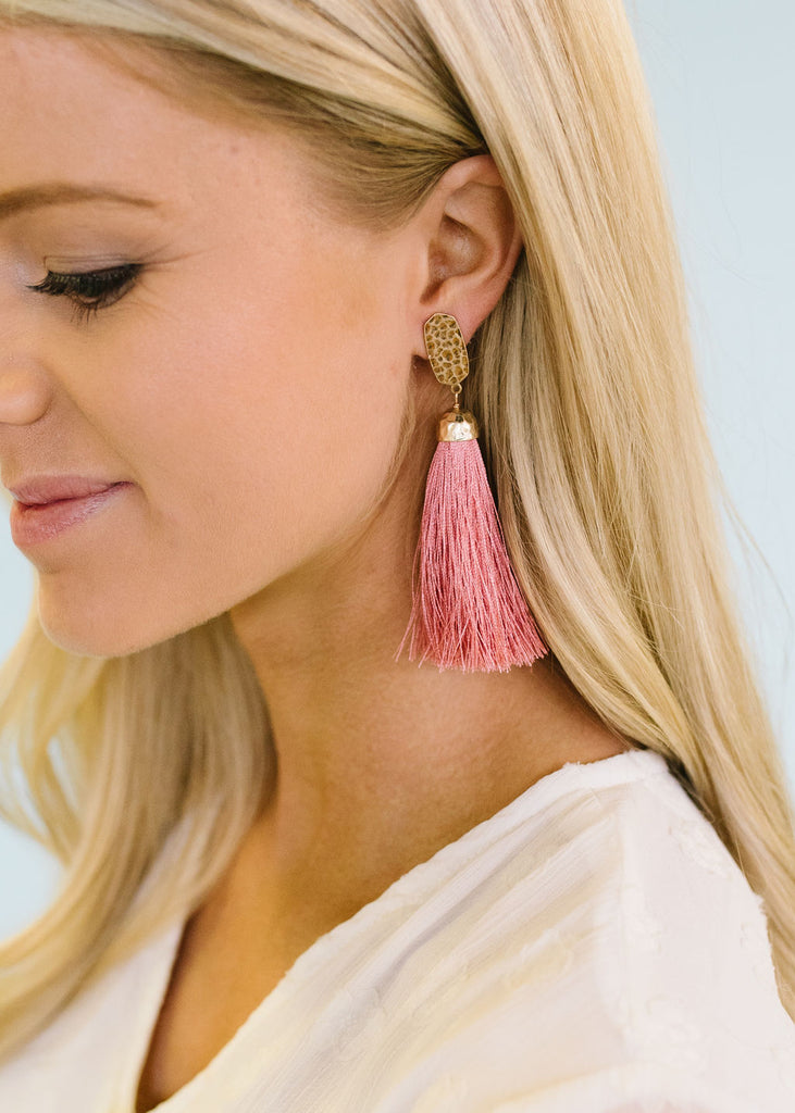 SIMPLY ELEGANT TASSEL DROP-ROSE