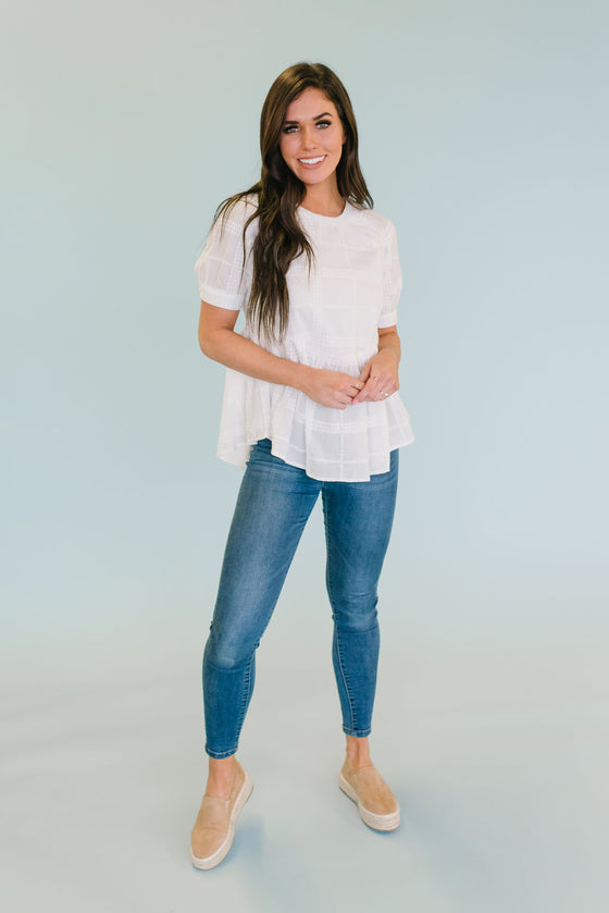 KAT EMBORIDERED TOP IN WHITE