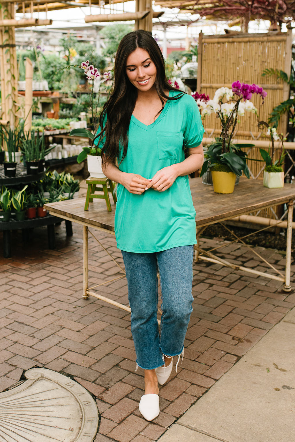 ASHLEY BOYFRIEND TEE IN KELLY GREEN