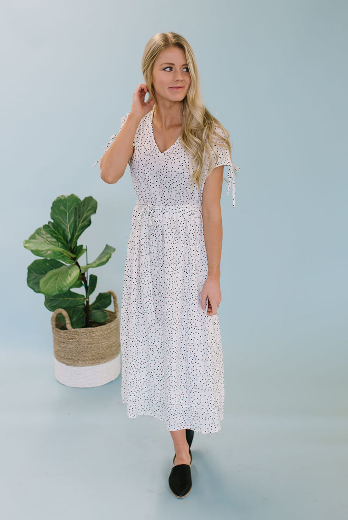 JENNA MIDI DRESS WITH TIE-UP SLEEVES IN CLASSIC WHITE