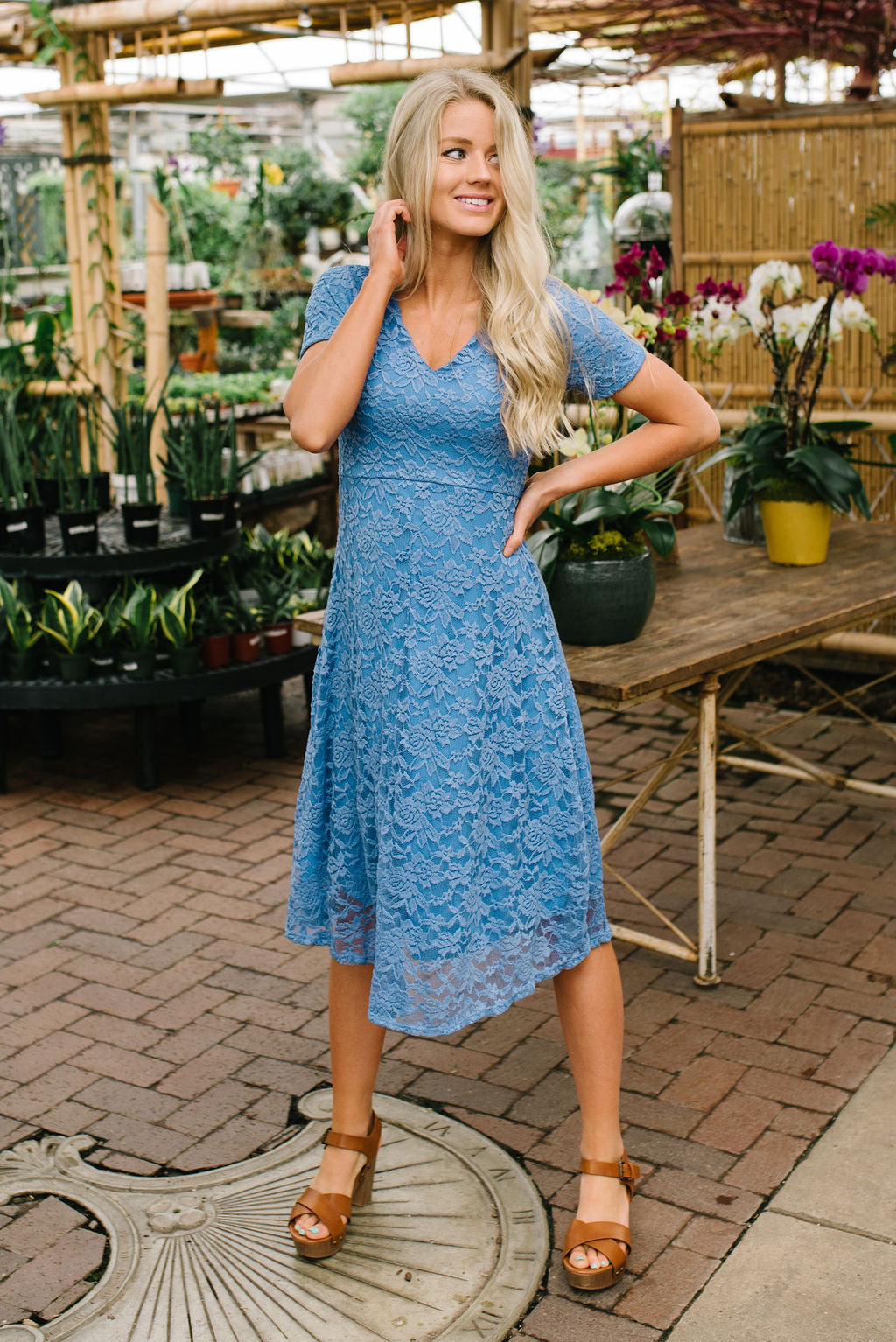 AMANDA MIDI LACE DRESS IN FORGET-ME-NOT BLUE