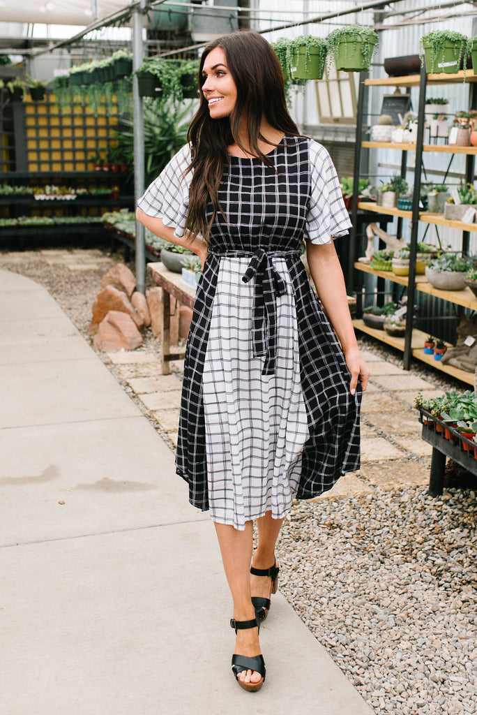 MALLORY MIDI DRESS IN BLACK AND WHITE MIXED FABRIC