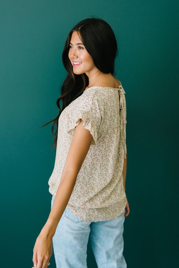 MADELINE TOP IN TAUPE WITH FLORAL DESIGN