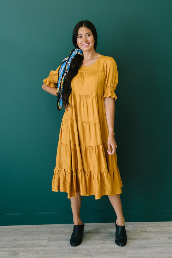 QUINN TIERED-RUFFLE DRESS IN HONEY