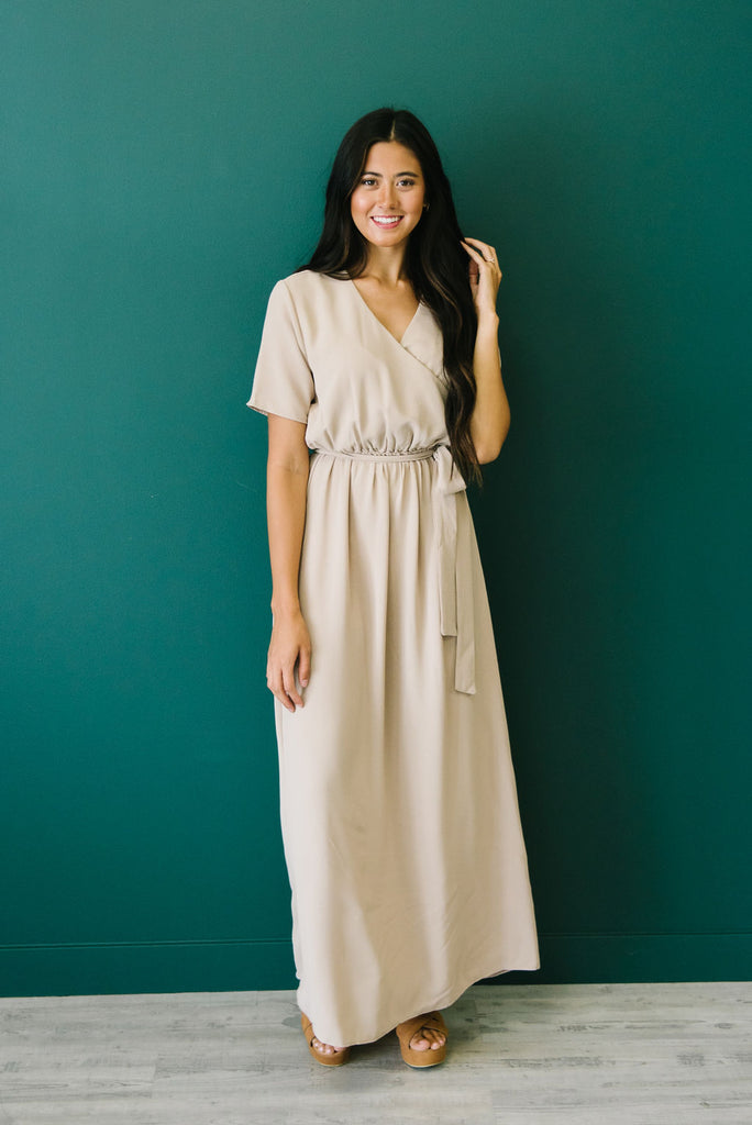 ANGELINA MAXI DRESS IN TAUPE