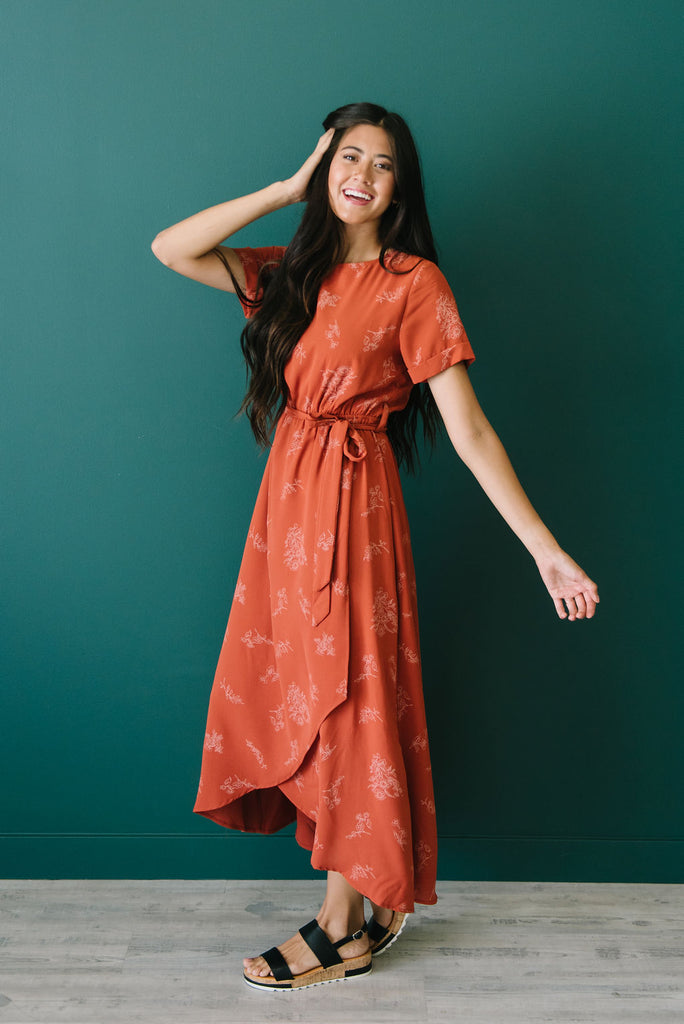 JANET MAXI DRESS WITH HIGH/LOW HEM IN RUST