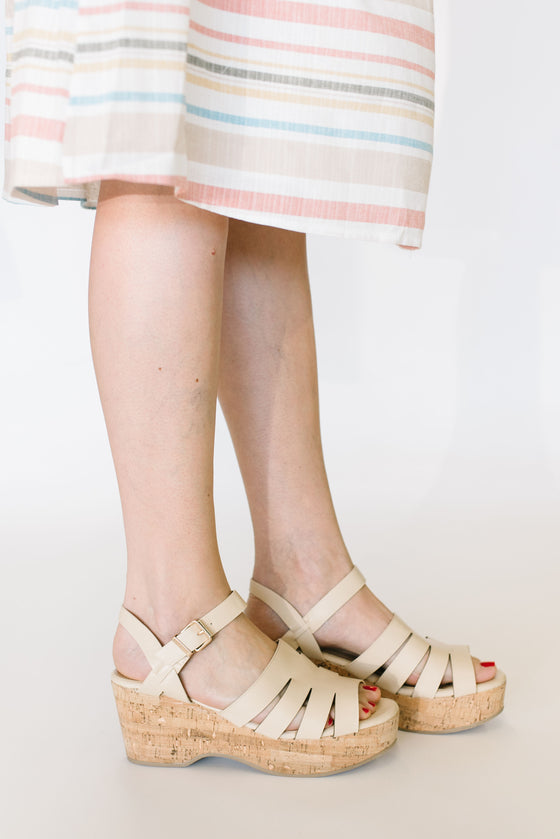 LOGAN STRAPPY SANDAL IN NUDE