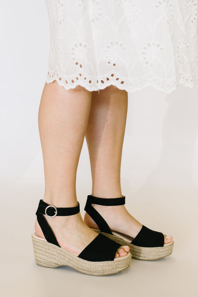 LOGAN SANDAL WITH ANKLE STRAP IN BLACK SUEDE