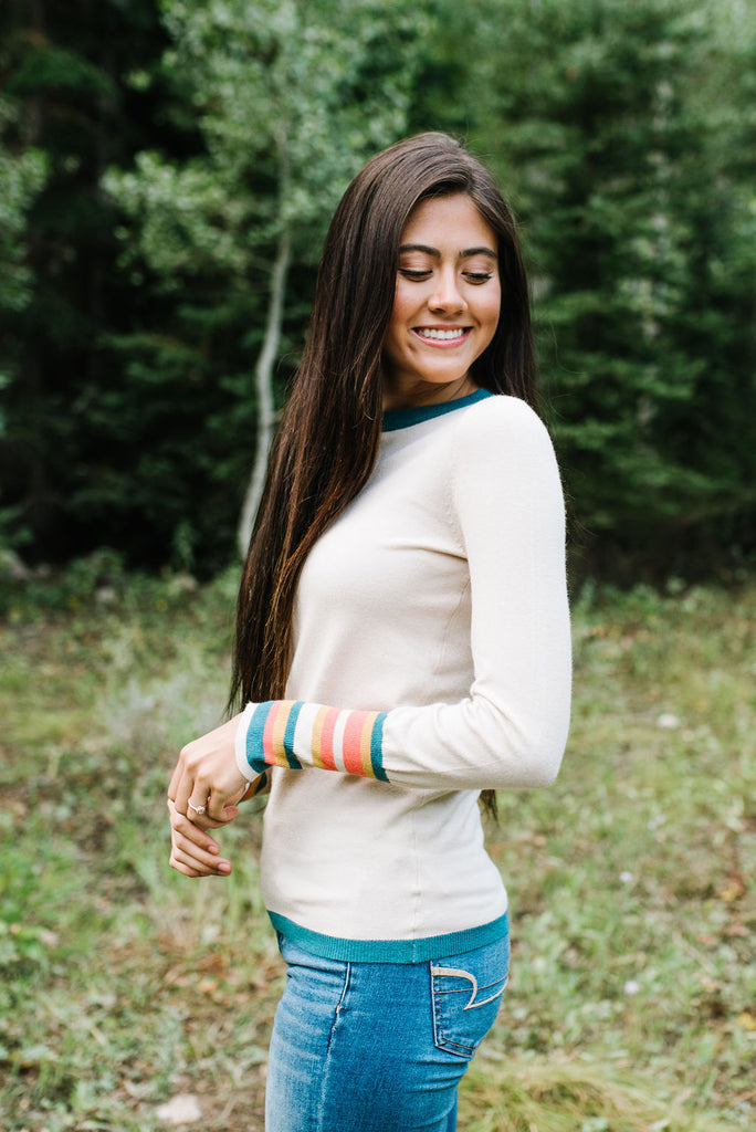 NESSA OATMEAL SWEATER WITH TEAL COLOR TRIM