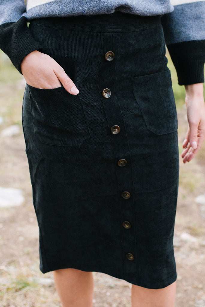 MADDIE CORDUROY SKIRT IN BLACK