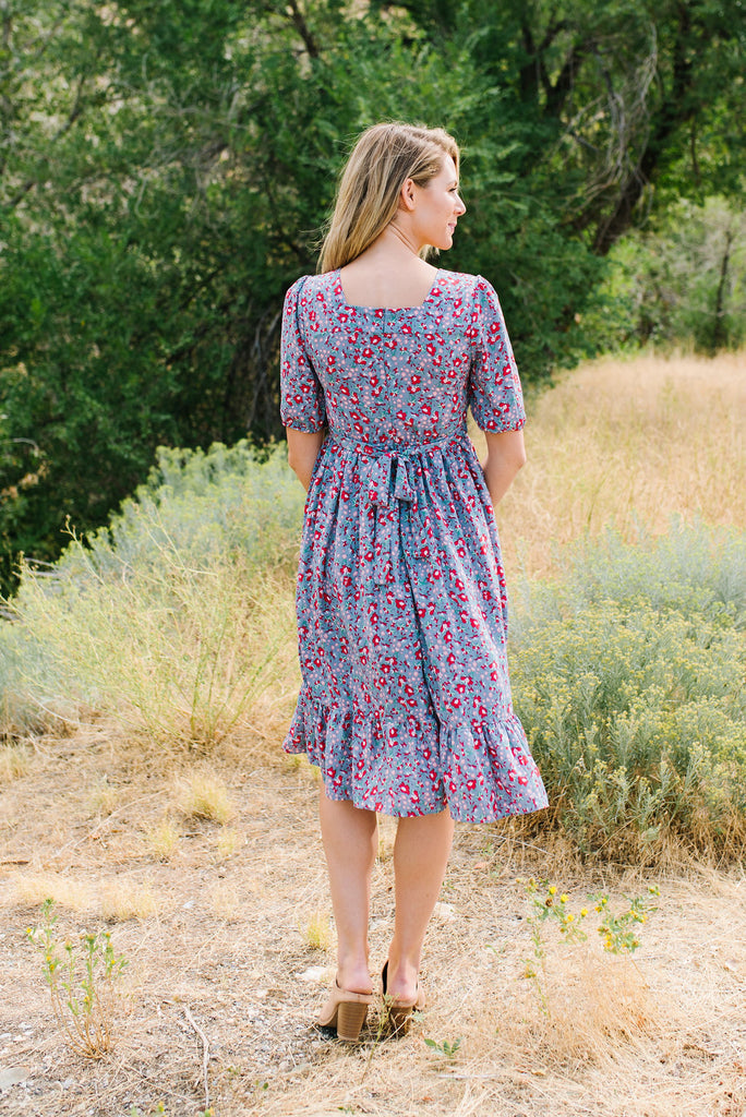 KARLA FLORAL SQUARE NECKLINE MIDI DRESS