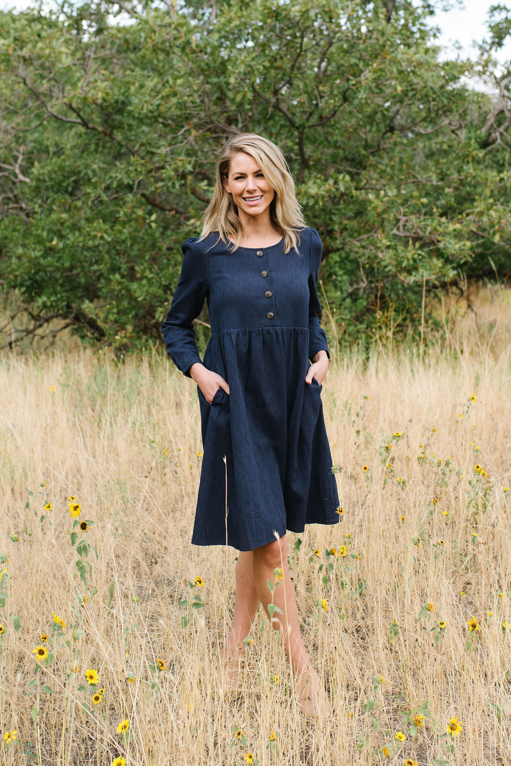 ELIZABETH FRONT DETAIL BUTTON DRESS IN NAVY BLUE