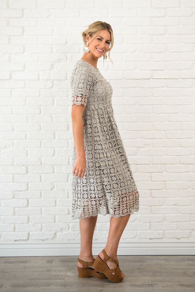 ANIKA MIDI LACE DRESS IN PALE GREY