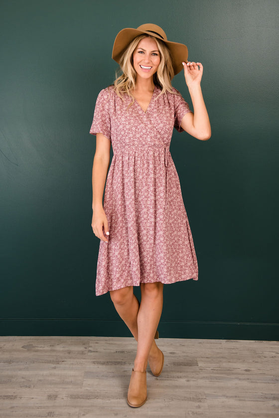 PEYTON MIDI FLORAL PRINT DRESS IN MAUVE