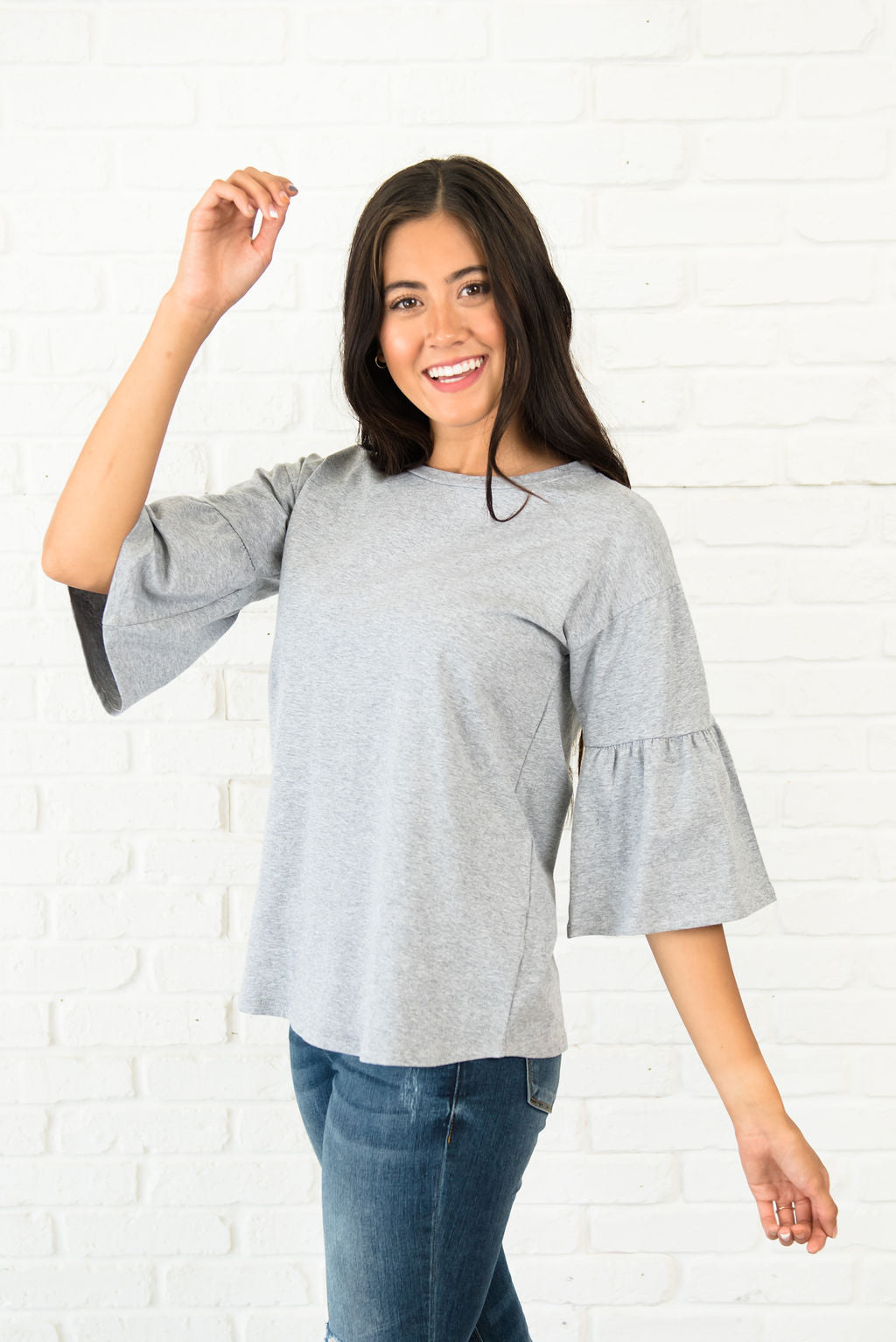 BAILEY TOP IN GREY WITH 3/4 LENGTH SLEEVES