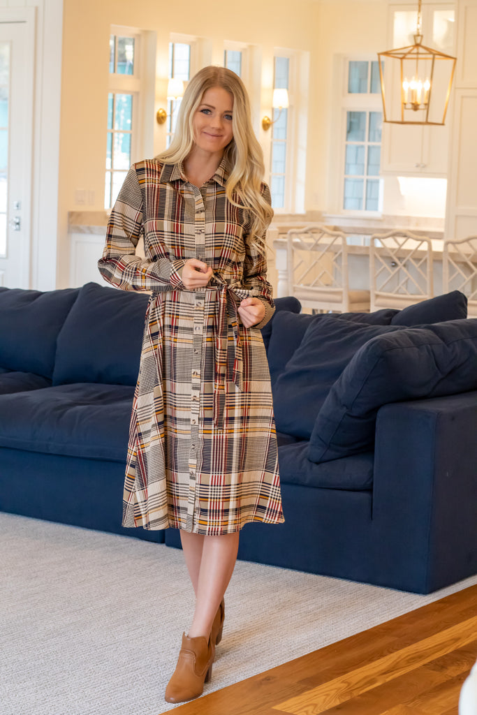 SHAUNTEL DRESS IN CAMEL