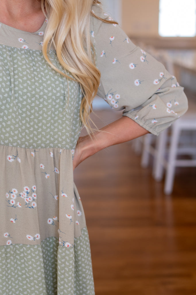 LISEL MIXED PATTERNS DRESS IN SAGE