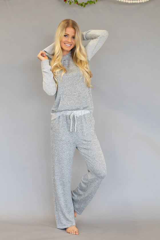 COZI SWEATSHIRT WITH HOODIE IN GREY