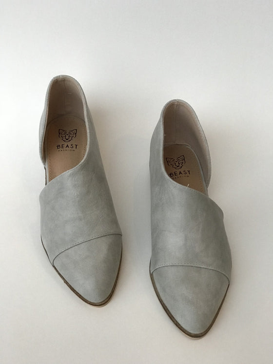 Carter Shoe In Light Grey - Shoes