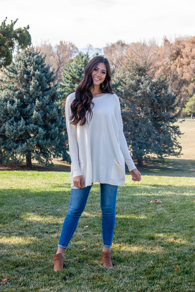 MAREN OVER-SIZED SWEATER IN IVORY