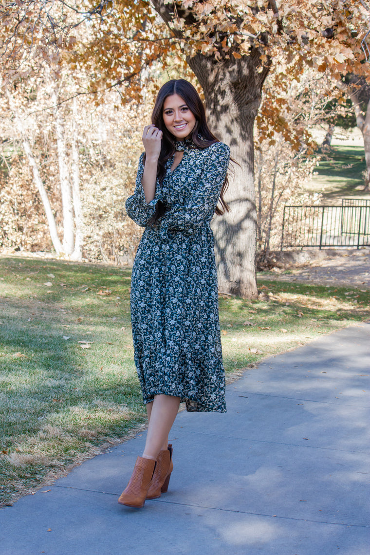 ASHLEE-DEEP GREEN DRESS WITH FLORAL PATTERN IN WHITE AND TAUPE