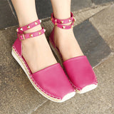 ByChicStyle Casual Big Size Vintage Rivet Knitting Buckle Interlaced Straps Flat Roman Sandals