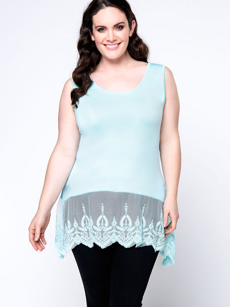Lovely Basic Patchwork Hollow Out Plain Plus Size T-Shirt - Bychicstyle.com