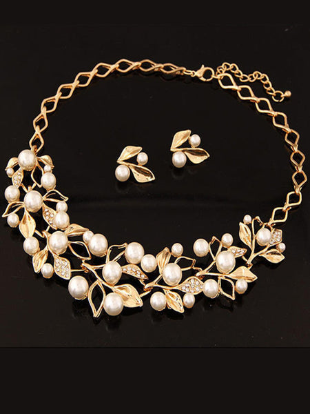 Gold Plated Inlaid With Imitation Diamond Pearl Necklace - Bychicstyle.com