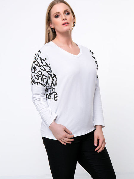 Trendy V-Neck Letters Batwing Sleeve Plus Size T-Shirt - Bychicstyle.com