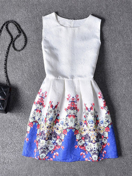 Round Neck Jacquard Skater Dress In Tiny Floral Printed - Bychicstyle.com